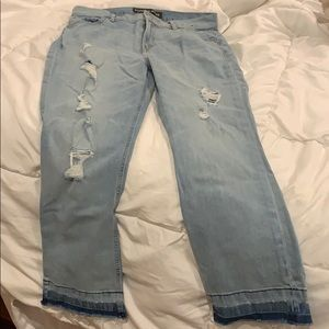 Bell crop highrise Distressed express jeans size 8